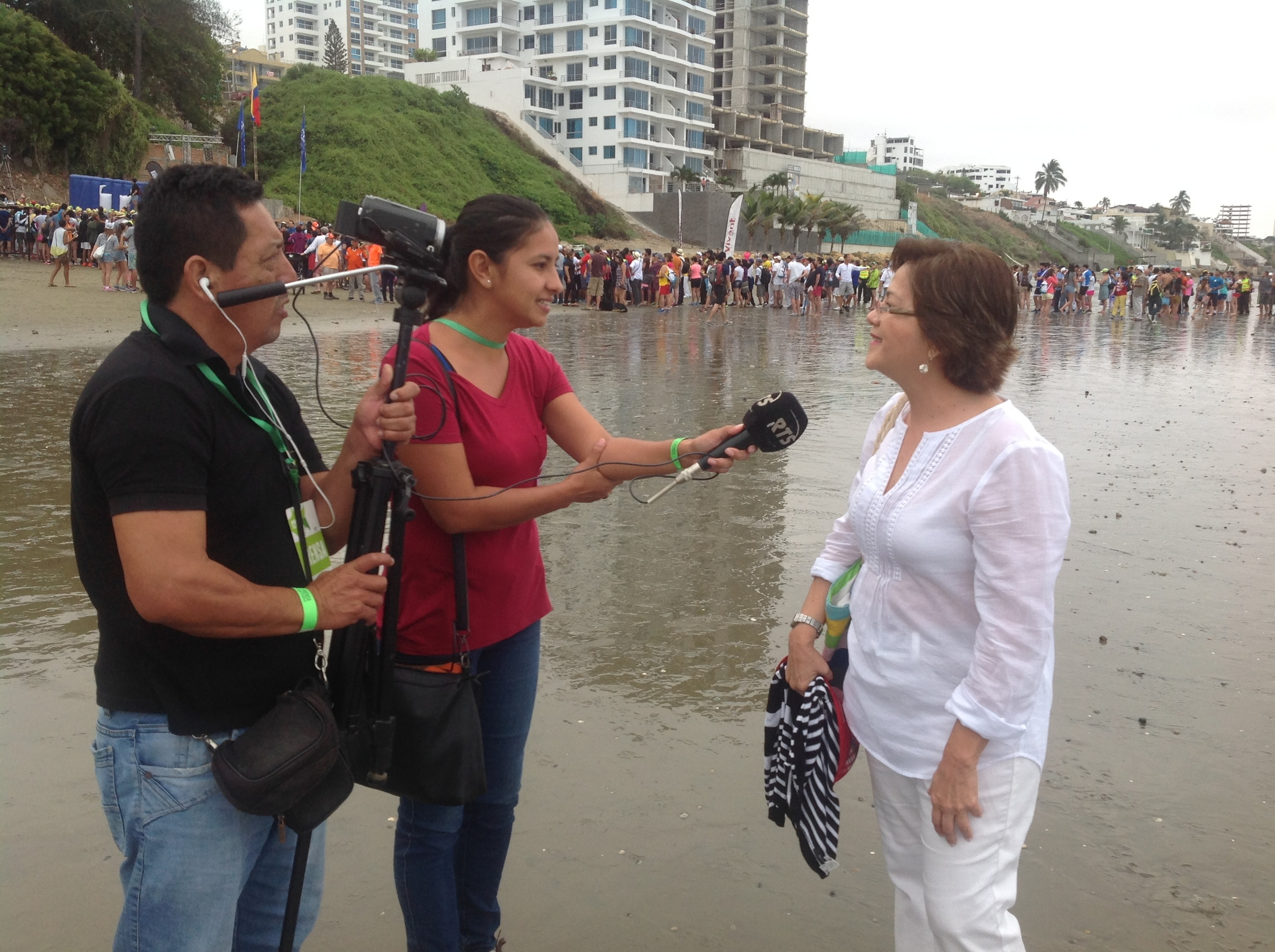 My mom 5 seconds of fame, being interviewed by the local TV :)