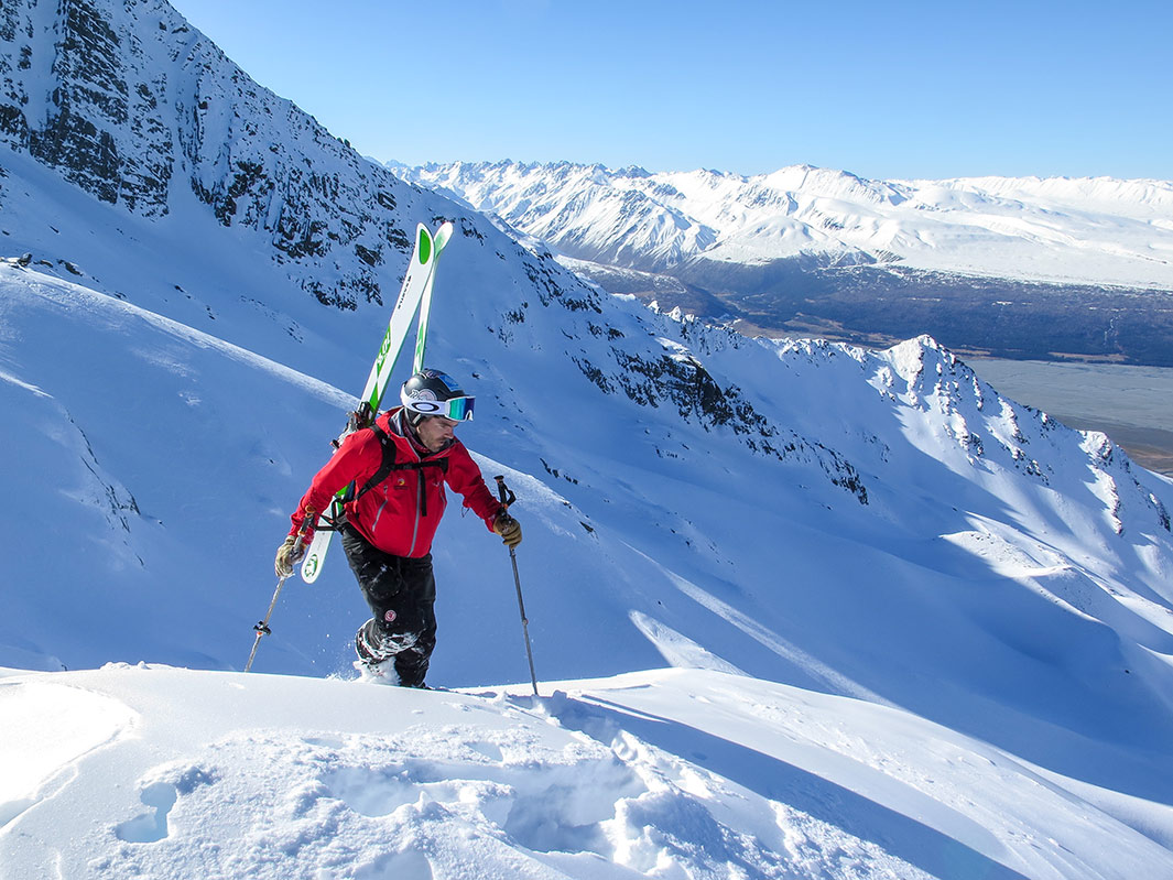 ski-touring-03.jpg