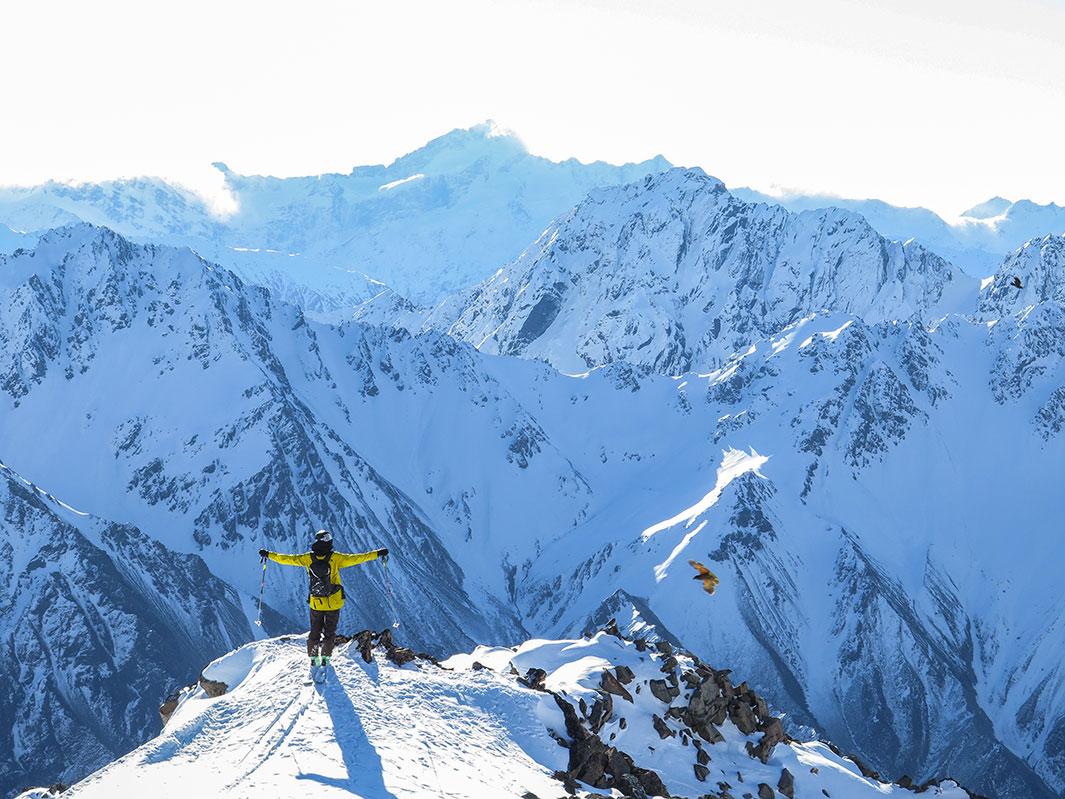 ski-touring-02.jpg