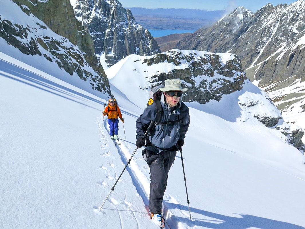 day-ski-tour-04.jpg