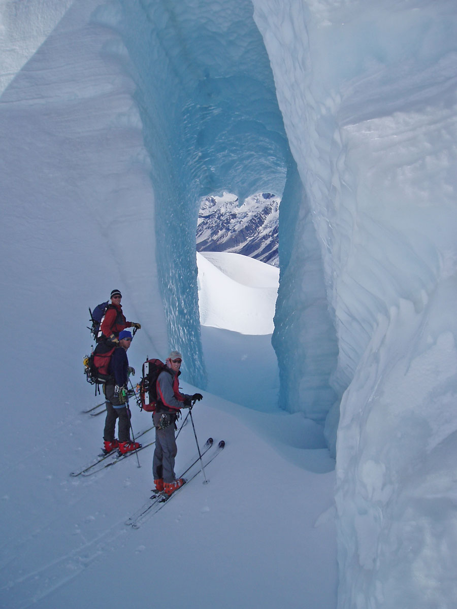 glacier-touring.jpg
