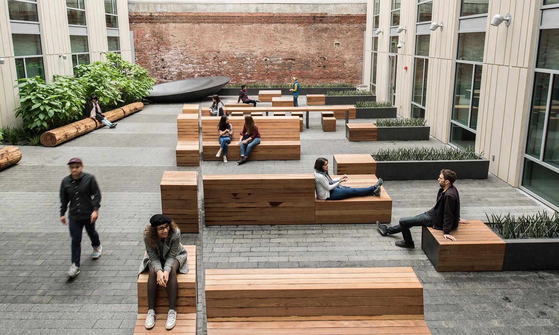 3_Courtyard-looking-north.jpg
