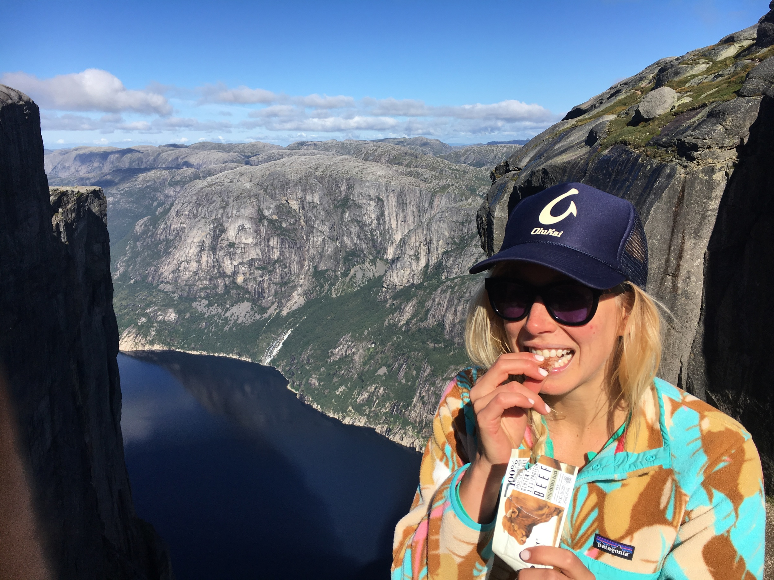 Epic snacking on my Fjord hikes in Norway!