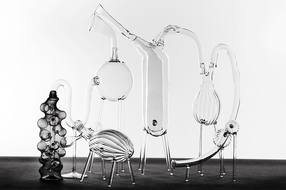 El Ultimo Grito   Body I  Unique Glass, fabric netting W60 x L83 x H60cm