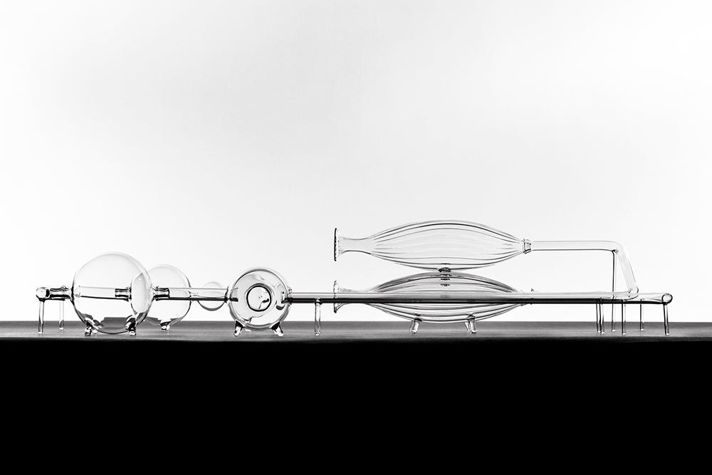 El Ultimo Grito   In-Vitro Industry  Unique Glass W60 x L120 x H25cm