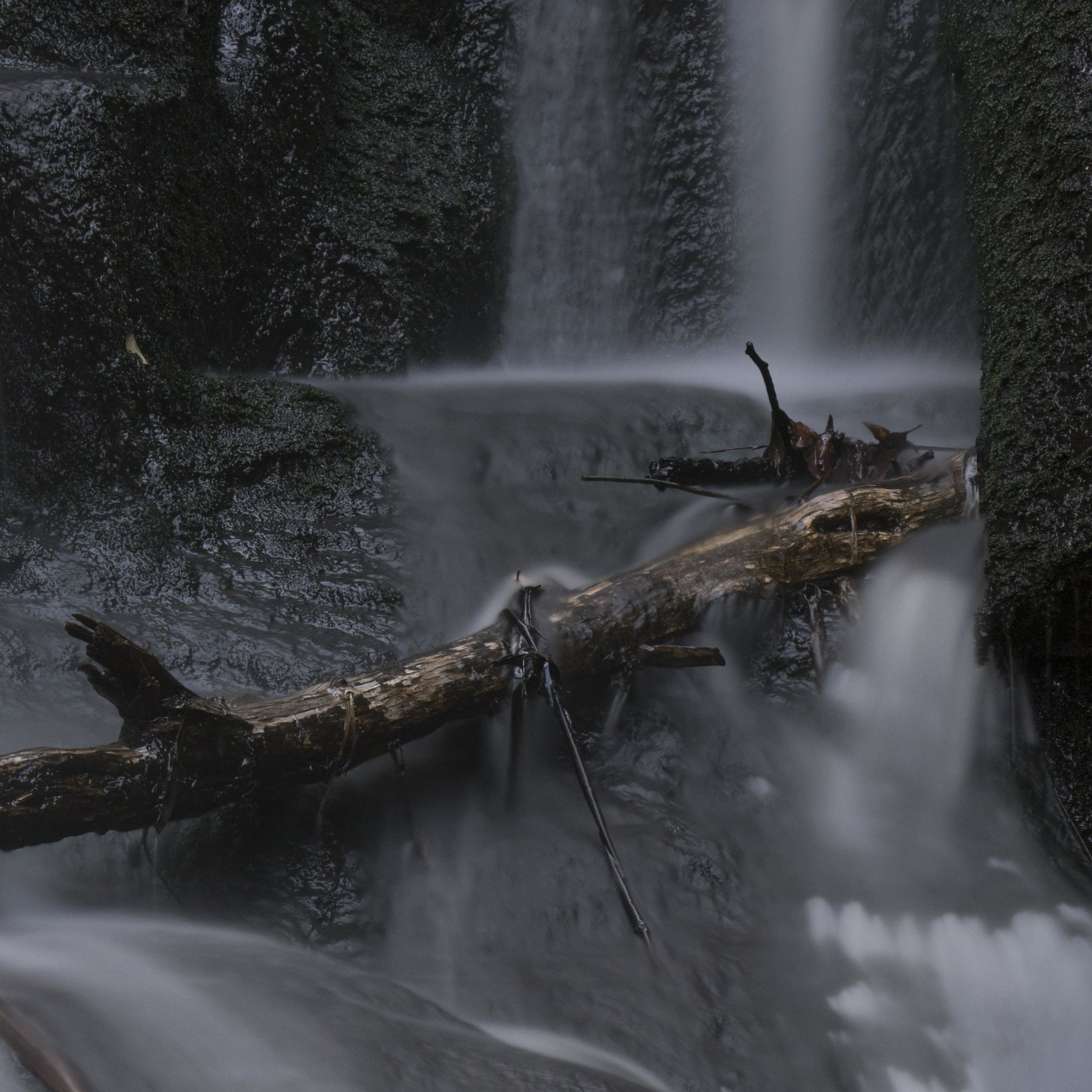 A detail shot of the waterfall above shot at 40 seconds. This shot without an ND filter would have been 1 to 2 seconds at most and would have looked different. Not necessarily better or worse, just different.