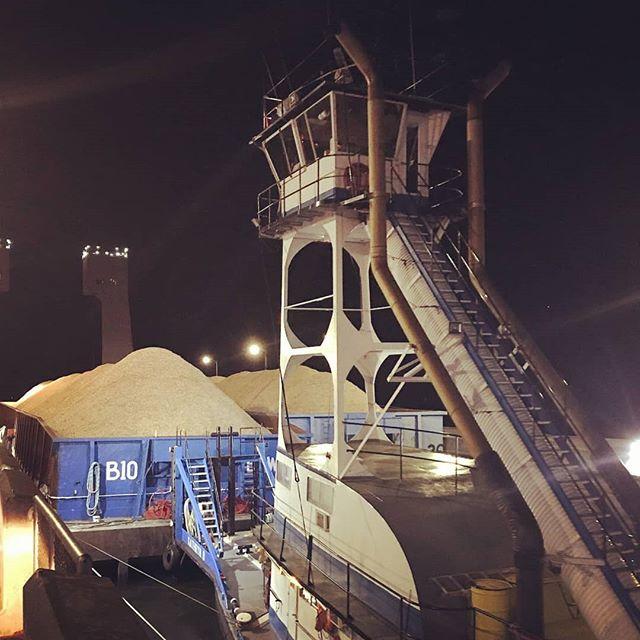 #marineindustry #familybusiness  #tugboat #barges #pnw
