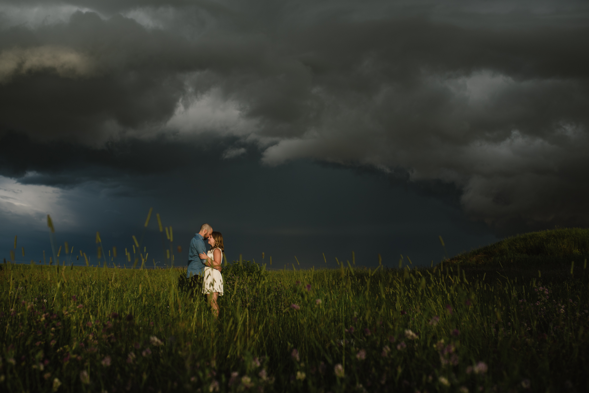 Thunder storm engagement photography, Jessica Leanne Photography
