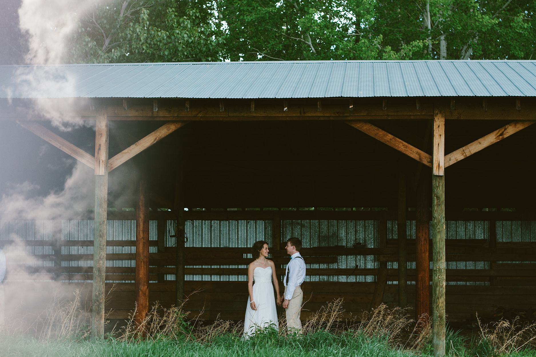 bride and groom, rustic wedding, Jessica Leanne Photography