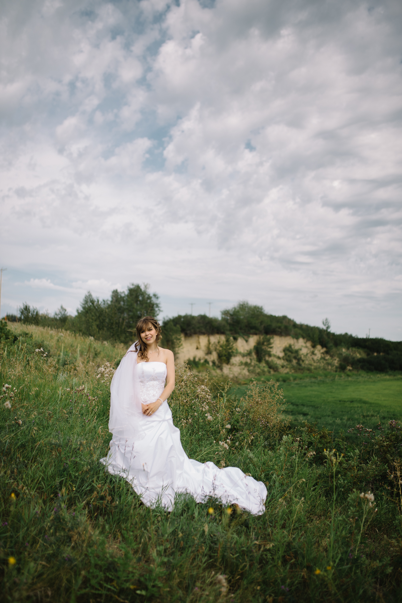 Summer wedding photography, Bridal portraits, St. Albert