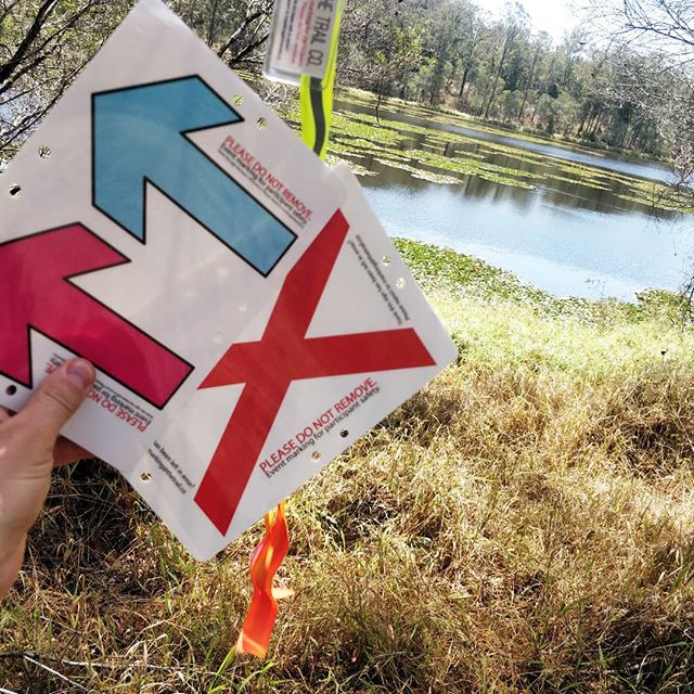 Course marking is going up! We know some of you claim to get lost leaving your own homes but we reckon even you can find your way on this course (please don't prove us wrong!) 1. Follow the flagging tape 2. If there's arrows, follow the one that matches your bib. 3. X is wrong. Do not go there.  It's an out-and-back route with a marshal at each turn around point so really, what could go wrong.. #famouslastwords #seqtrailseries #thetrailco #thetrailexperts #trailrunning #seqtrs #enoggerareservoir #seqwater