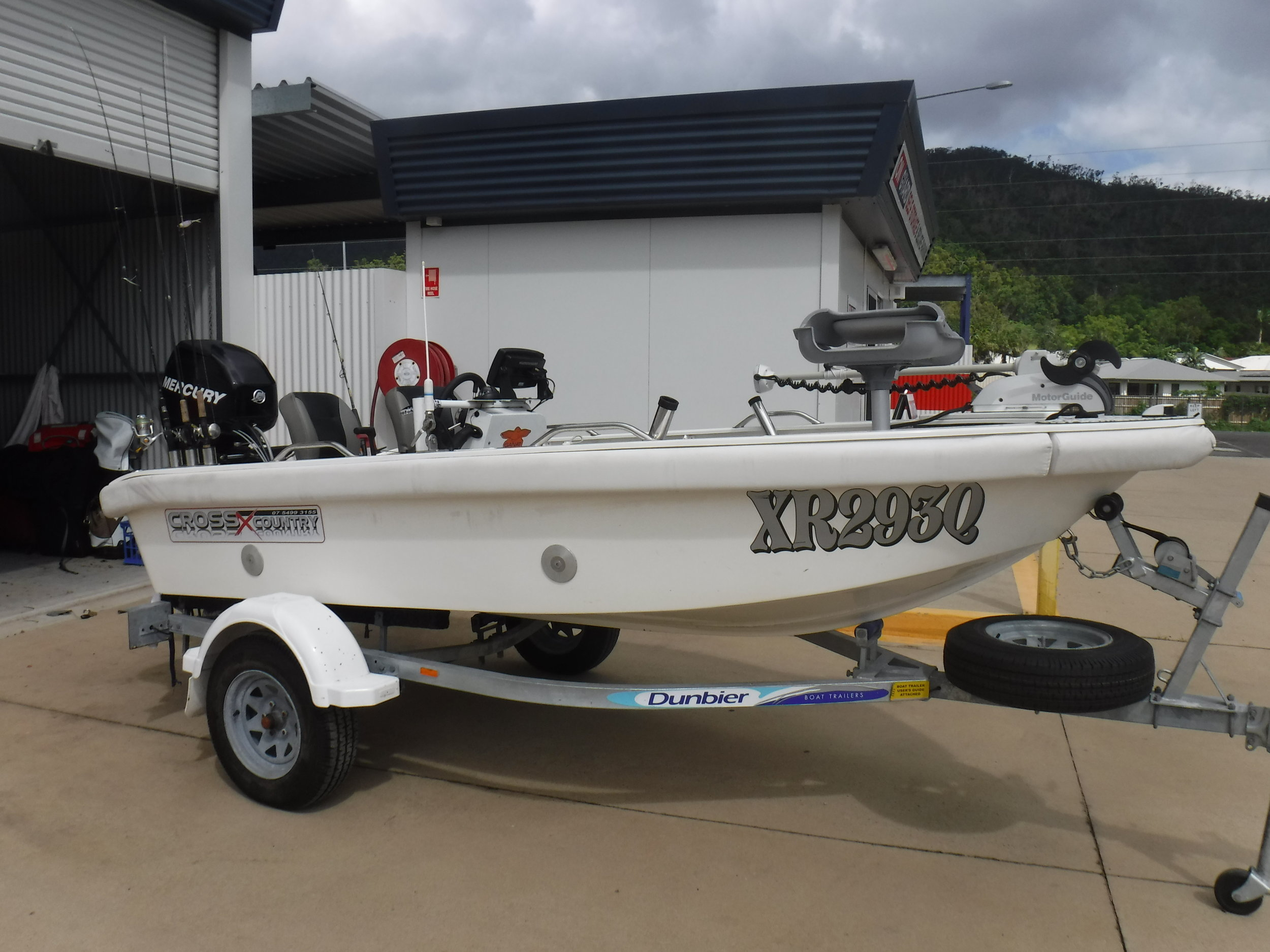 bonefish and new boats 292.JPG