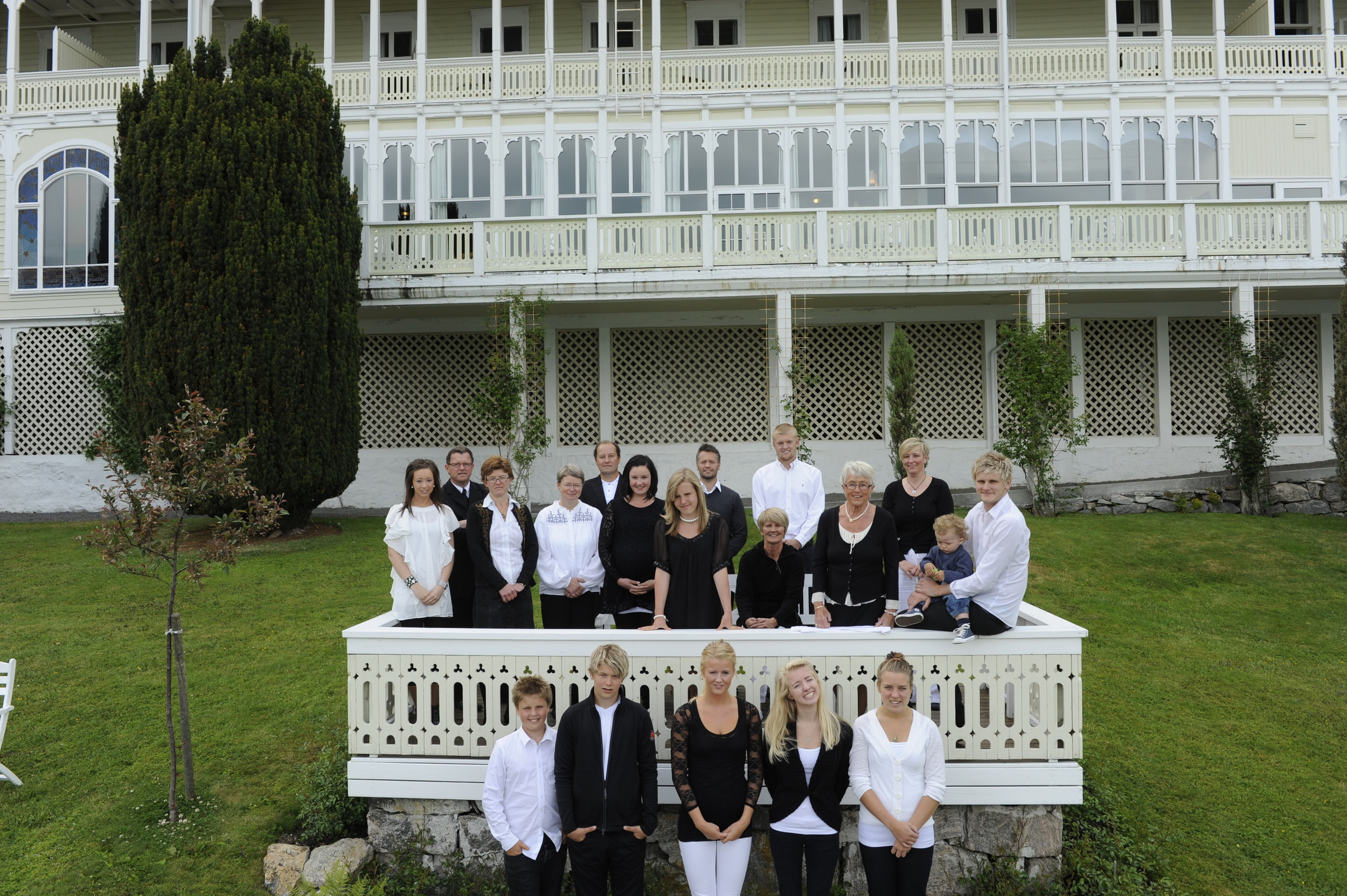 Kviknes is a family-owned hotel. Here are the 3rd, 4th and 5th generations.