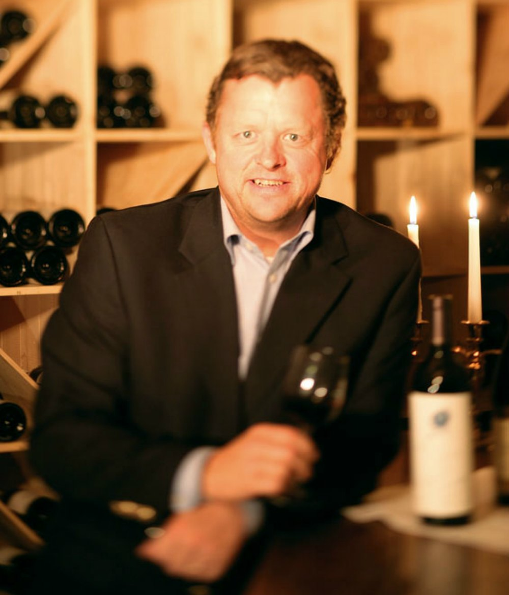 Hotel manager Sigurd Kvikne and our head waiter can offer wines from our extensive cellar to complement your dining experience.