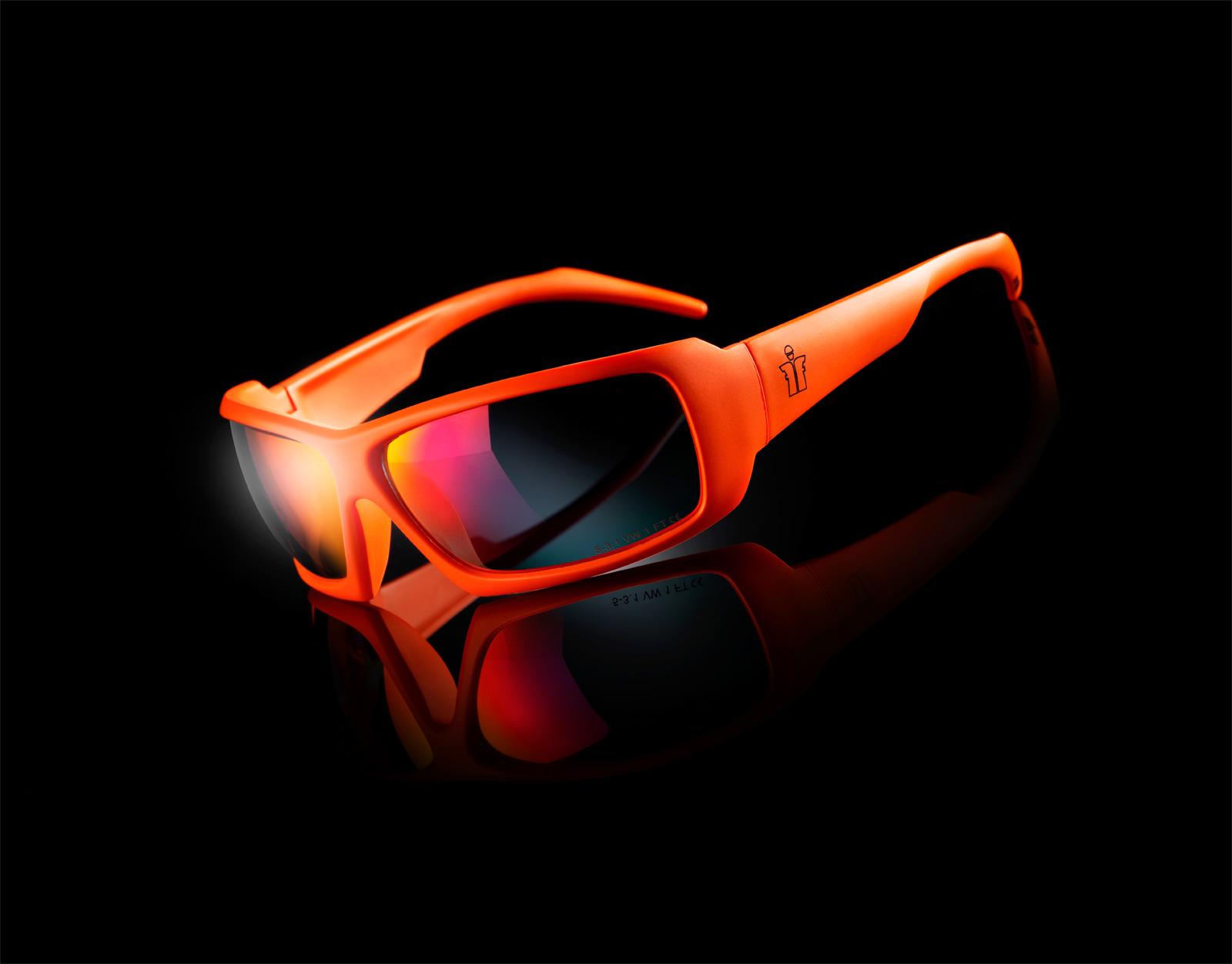 Glasses-01.jpg