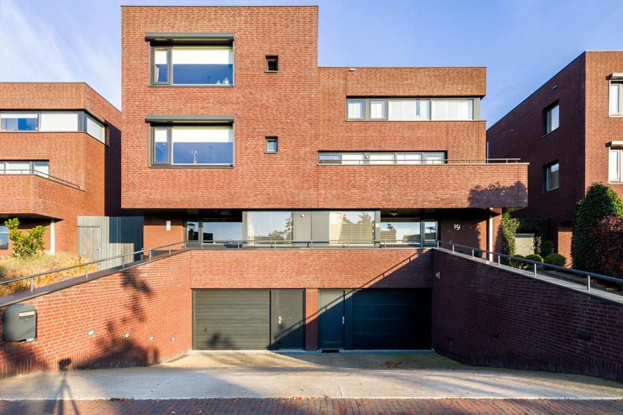 Woningen Villa Waterviolier Waalwijk