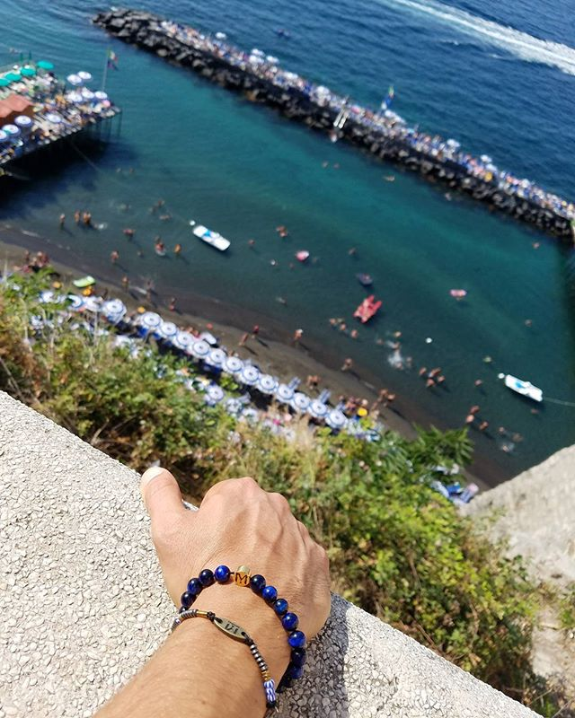 Italian inspiration  #miorai #italy🇮🇹 #italy #sorrento #bracelets #bracelet #coast #mediteranian #beads #beadedbracelets #mensfashion #mensbracelet #blue #amalficoast #luxury #summerinitaly #summerinitaly🇮🇹