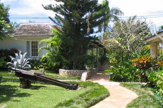 drambuie_estate_montego_bay_jamaica28.jpg