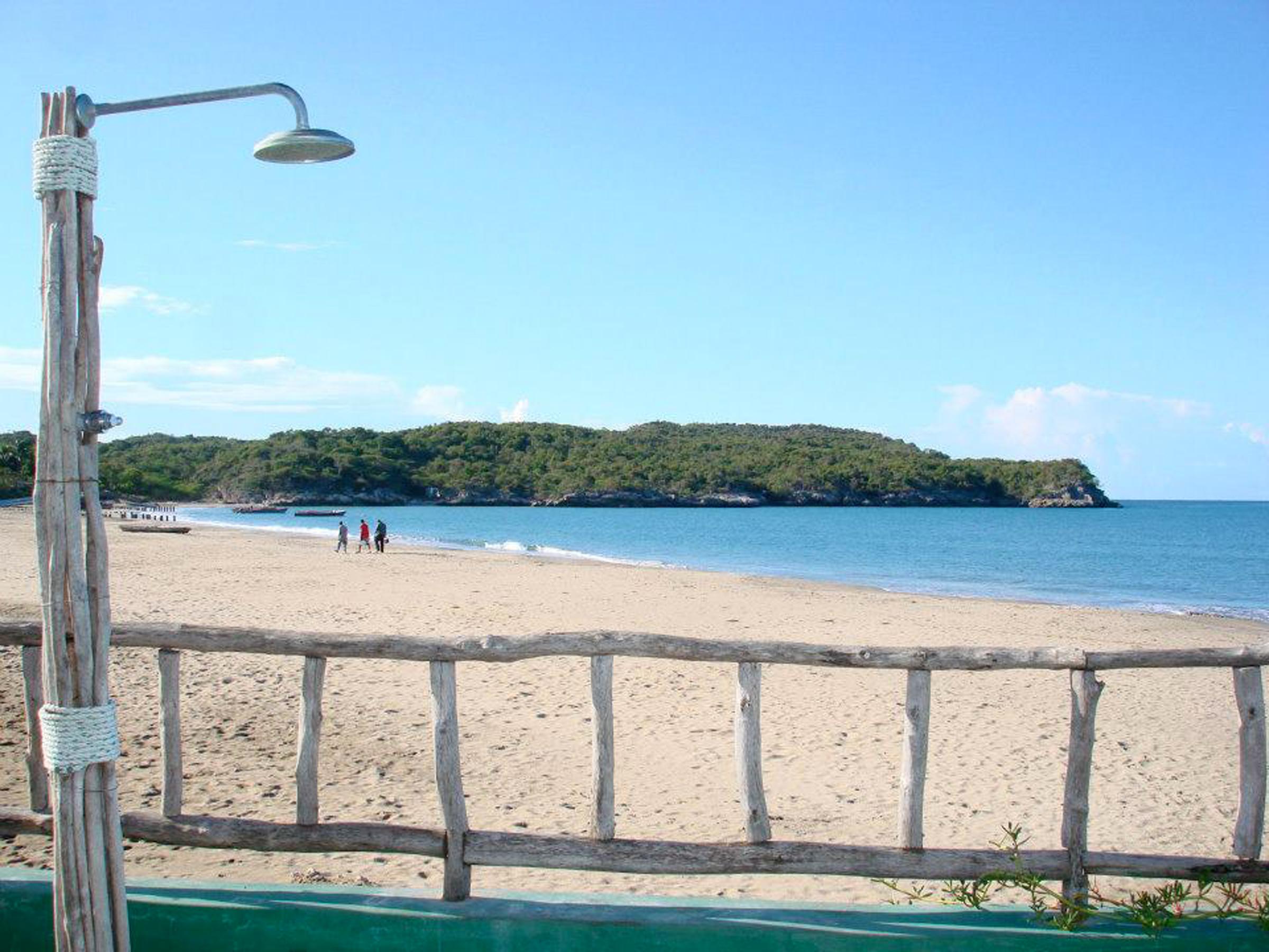 Blue_Marlin_Coquina_Treasure_Beach_Jamaica_03.jpg