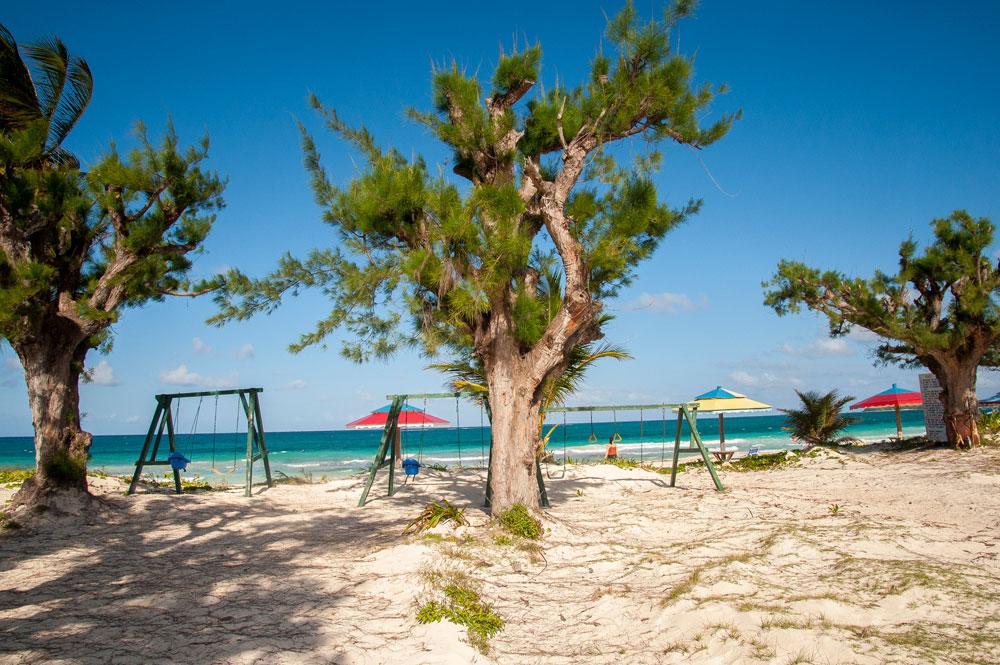 Silver_Sands_Beach_-Jamaica_01.jpg