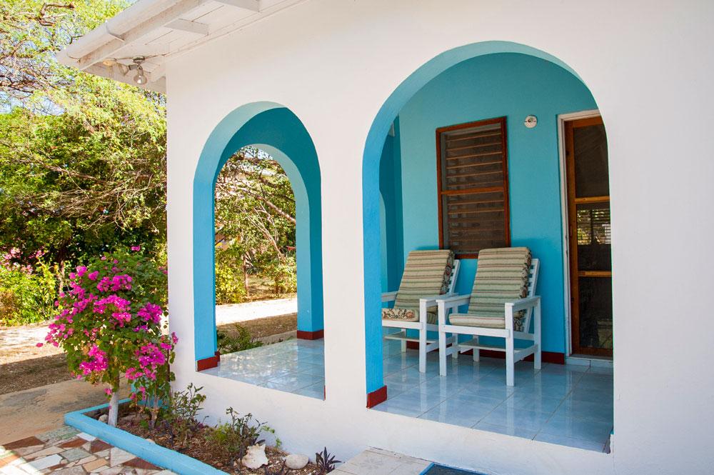 Villa_Arcadia_FortCharles_Treasure_Beach_03.jpg