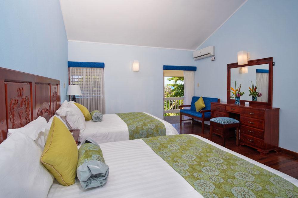 Villa_Turrasann_Runaway_Bay_Jamaica_19.jpg