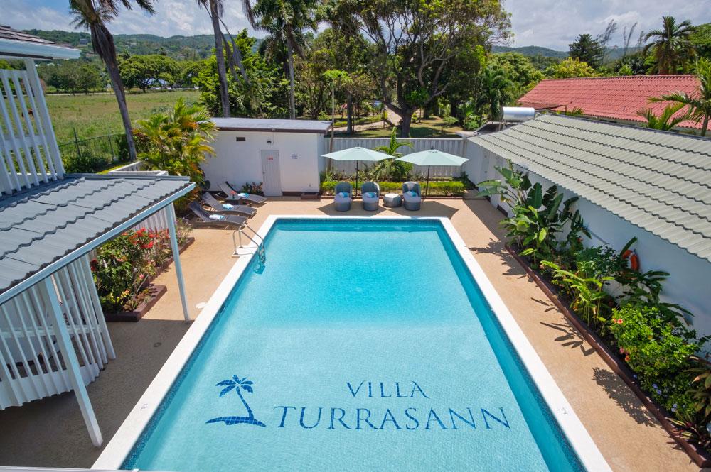 Villa_Turrasann_Runaway_Bay_Jamaica_23.jpg