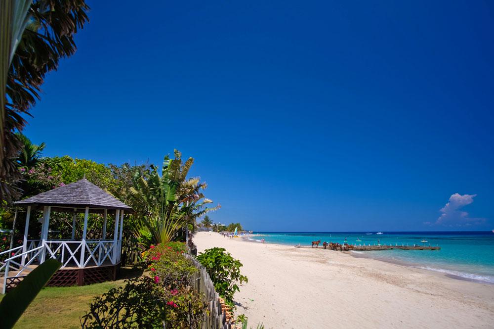 Villa_Turrasann_Runaway_Bay_Jamaica_05.jpg