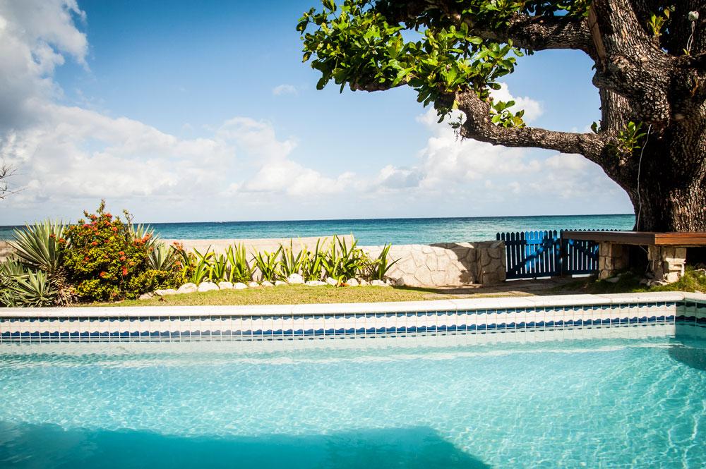 Siesta_Runaway_Bay_Jamaica_01.jpg