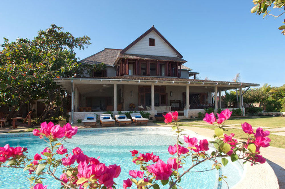 hidden_bay_villa_runaway_bay_jamaica_02.jpg