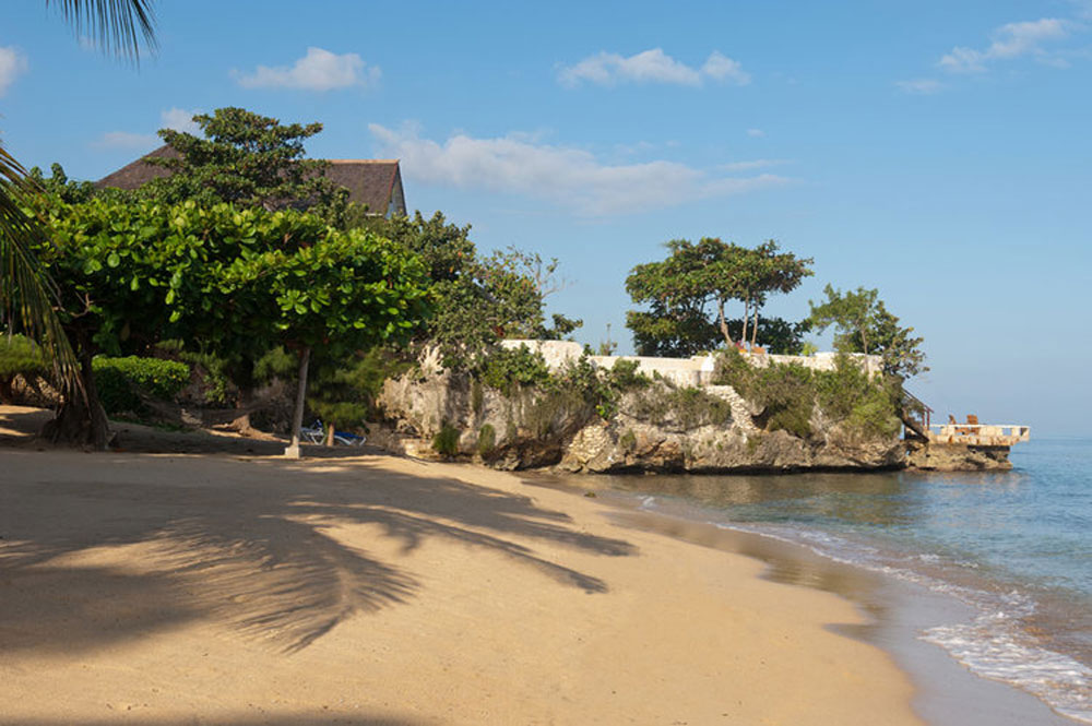 hidden_bay_villa_runaway_bay_jamaica_10.jpg