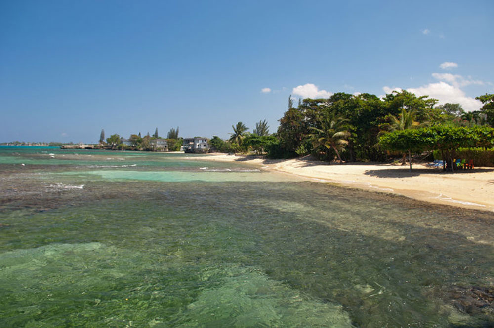 hidden_bay_villa_runaway_bay_jamaica_12.jpg
