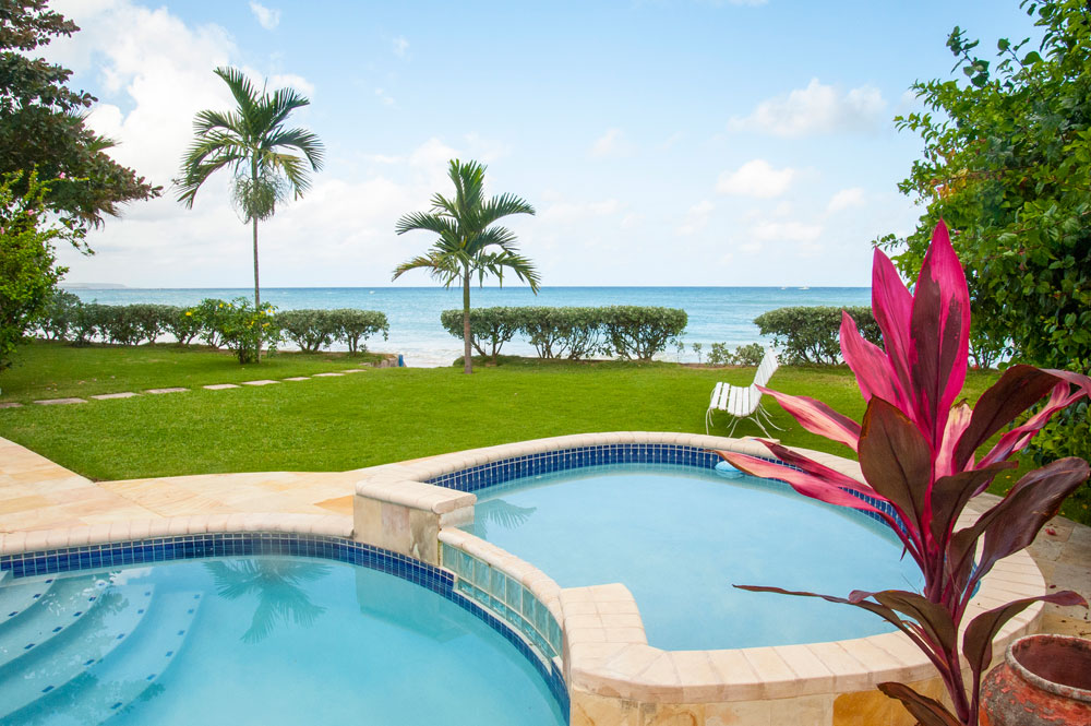 Baywatch_Runaway_Bay_Jamaica_01.jpg
