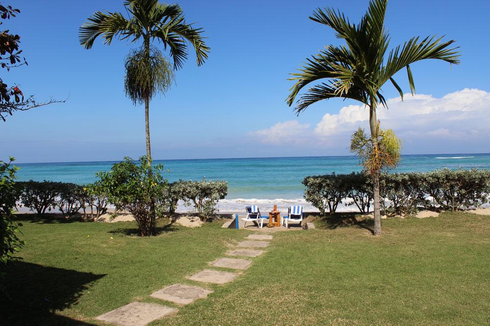 Baywatch_Runaway_Bay_Jamaica_03.jpg