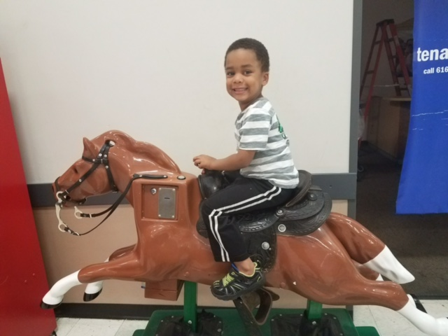 Kris on horse.jpg