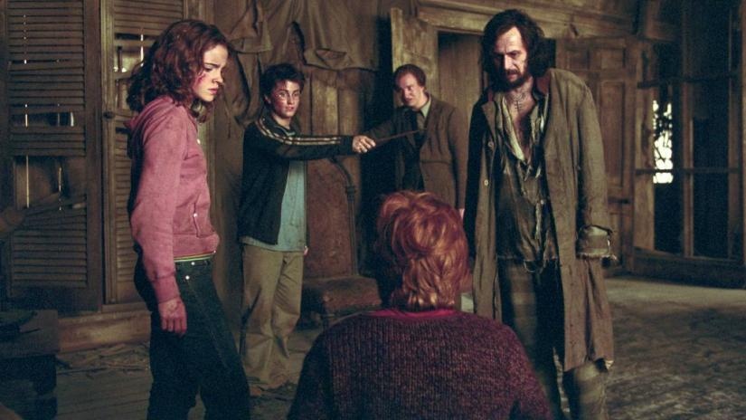 too bad crookshanks couldn't buy sirius some new robes