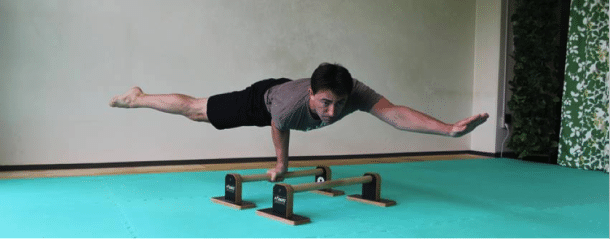 """Ryan Hurst from GMB Fitness showing """"unparalleled"""" strength. (lol - get it?)"""