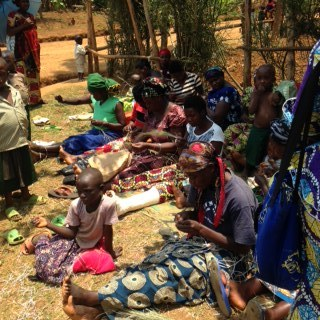 A group of future HPH artisans gathered on Nkombo Island to learn weaving techniques!