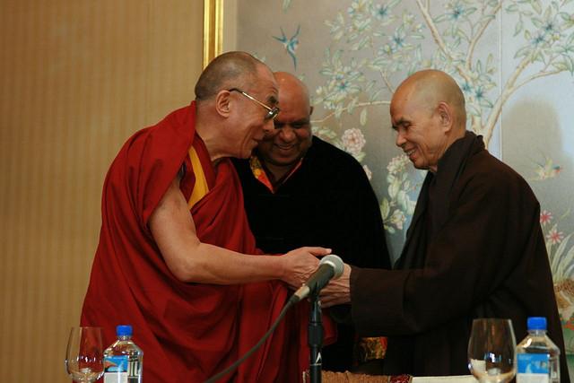 Tenzin Gyatso y Tich Nhat Hanh