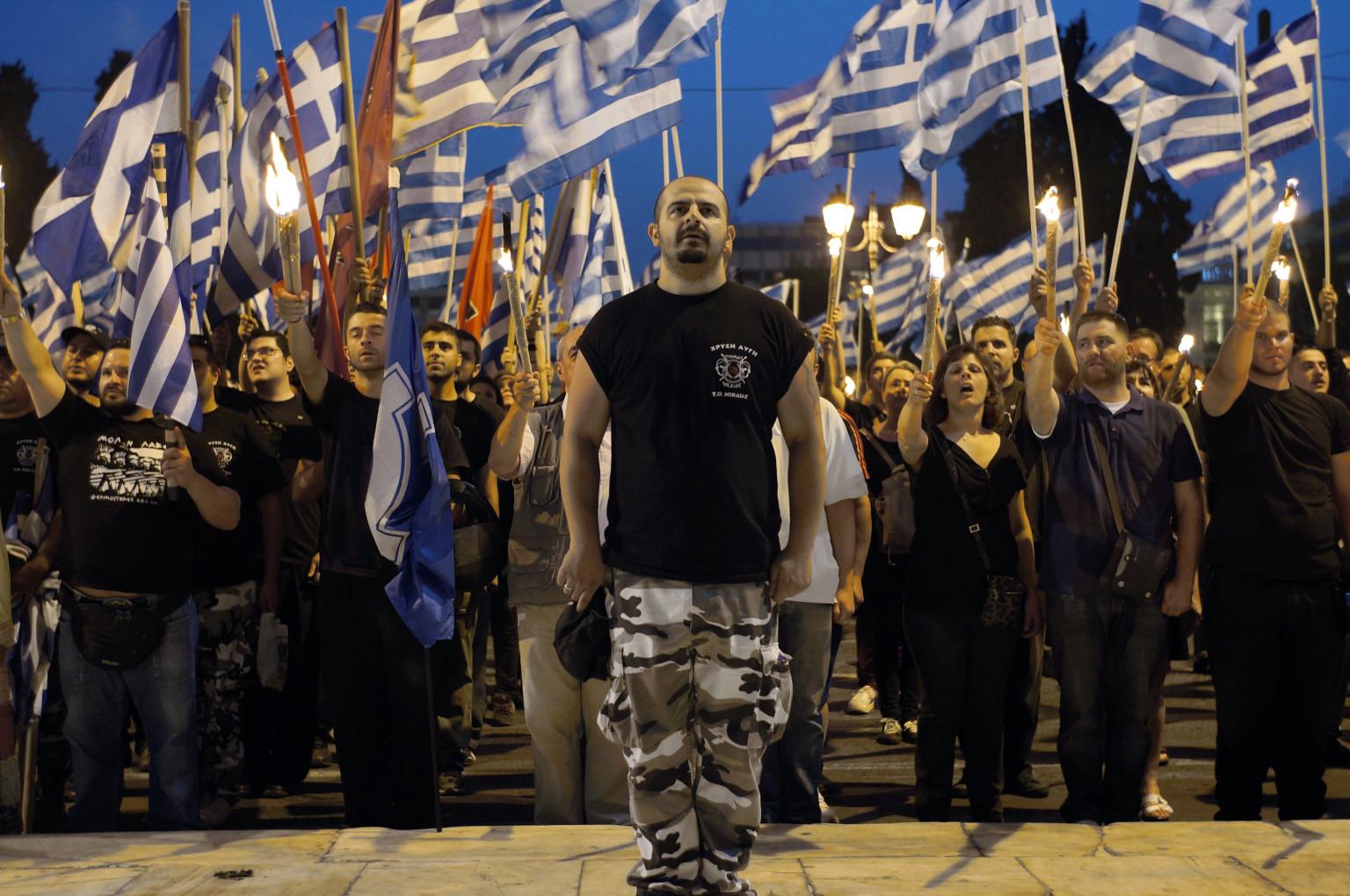 """""""Amanecer Dorado"""" (Grecia)"""