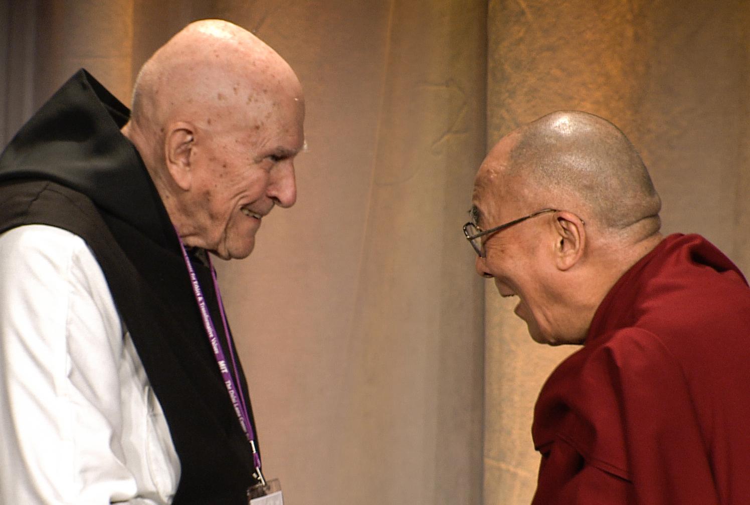 Thomas Keating y el Dalai Lama