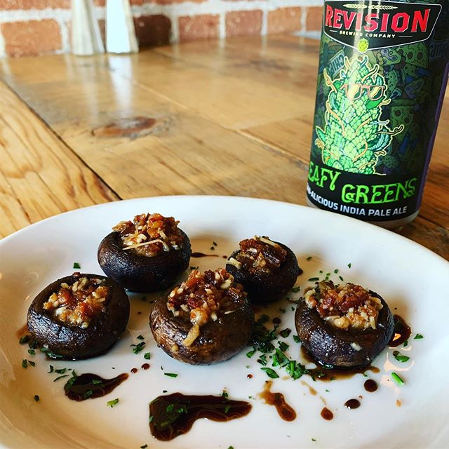 You have to come try our new appetizer...stuffed mushrooms with bacon and Parmesan! It pairs great with the @revisionbrewing Leafy Greens IPA. #overland1902 #stuffedmushrooms . . . . #gardnerville #appetizer #nomnom #hwy395