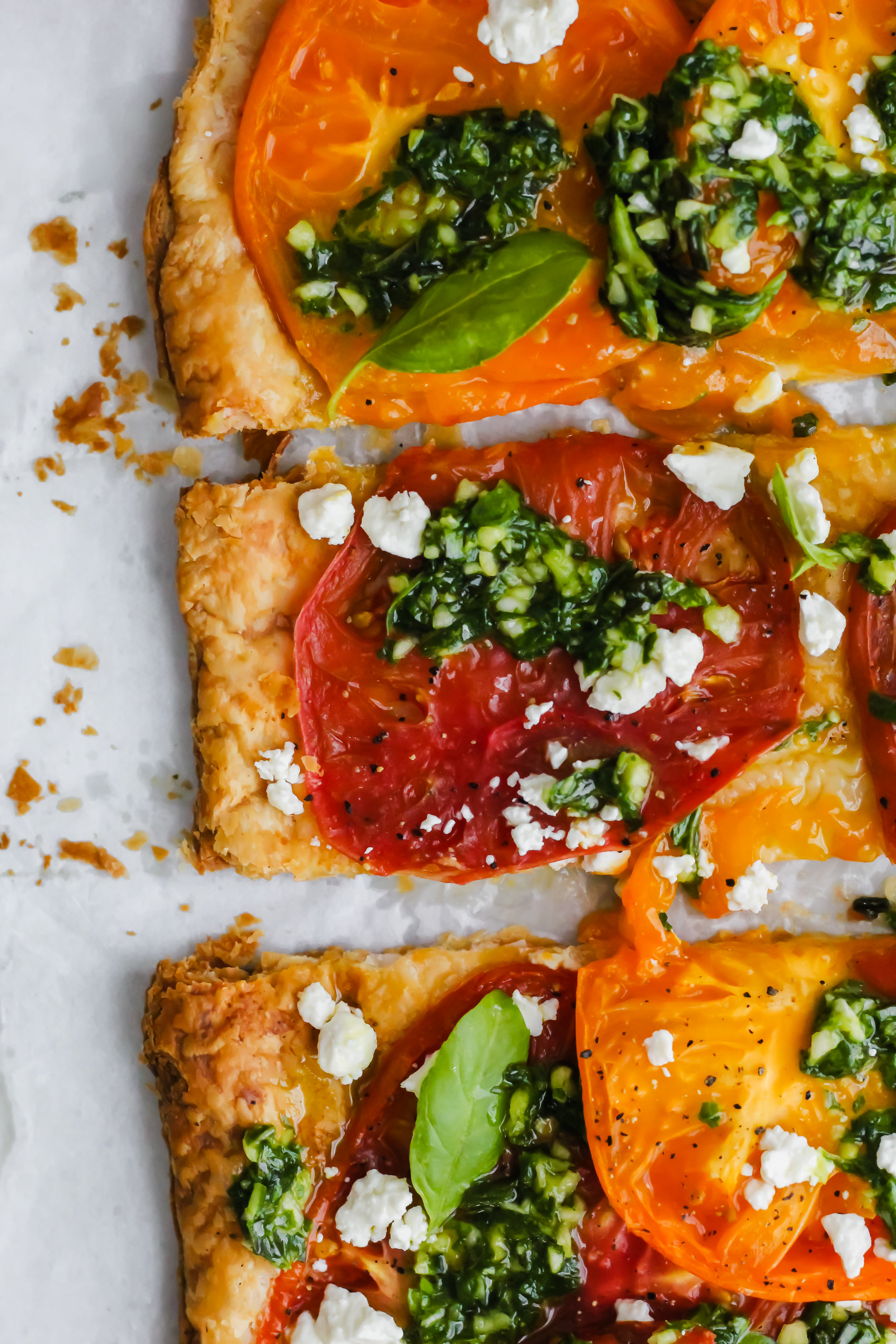 cut up tomato tart