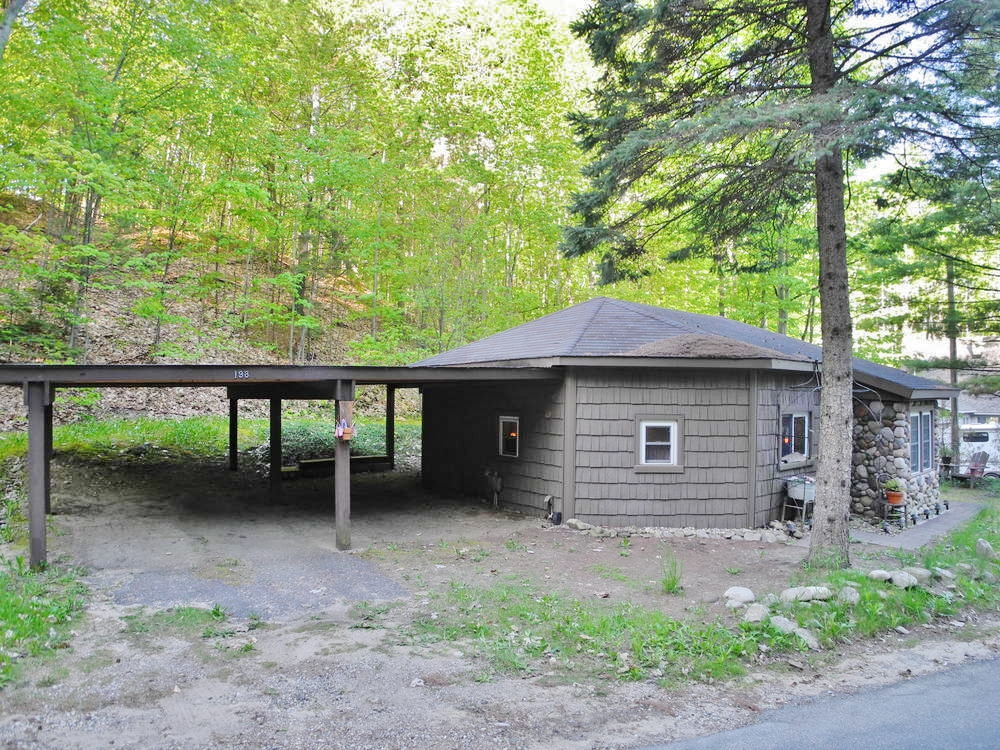 198 Wilson Road, Old Mission, Traverse City, house for sale by Oltersdorf Realty LLC Realtors (1).JPG