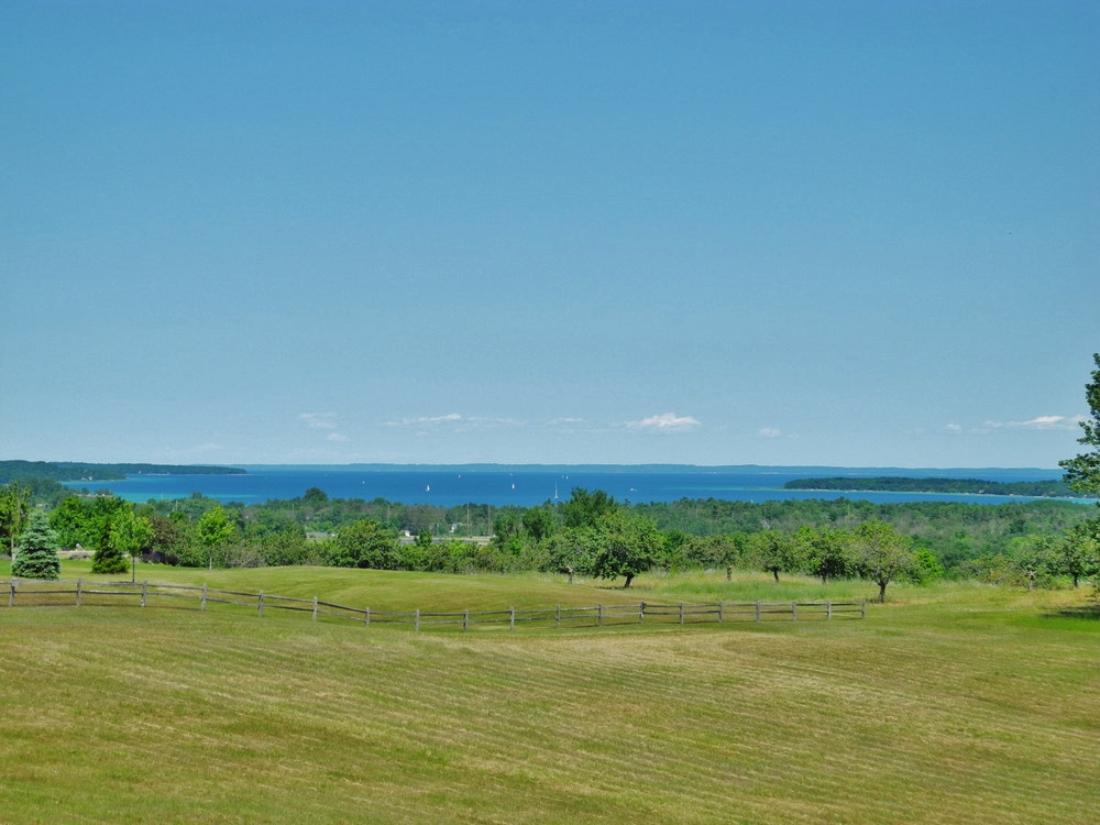 1790 S Meadow Ridge Lane, Suttons Bay, Waterview house for sale by Oltersdorf Realty LLC, Suttons Bay & Leelanau County Realtors (3).JPG