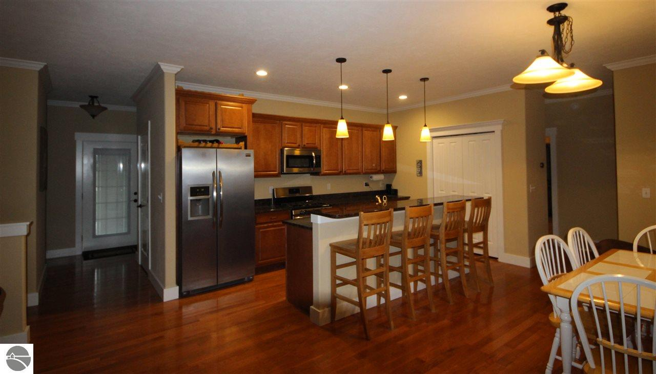 4335 Longwood Drive, Traverse City, sold by Oltersdorf Realty LLC, Traverse City real estate (1).JPG