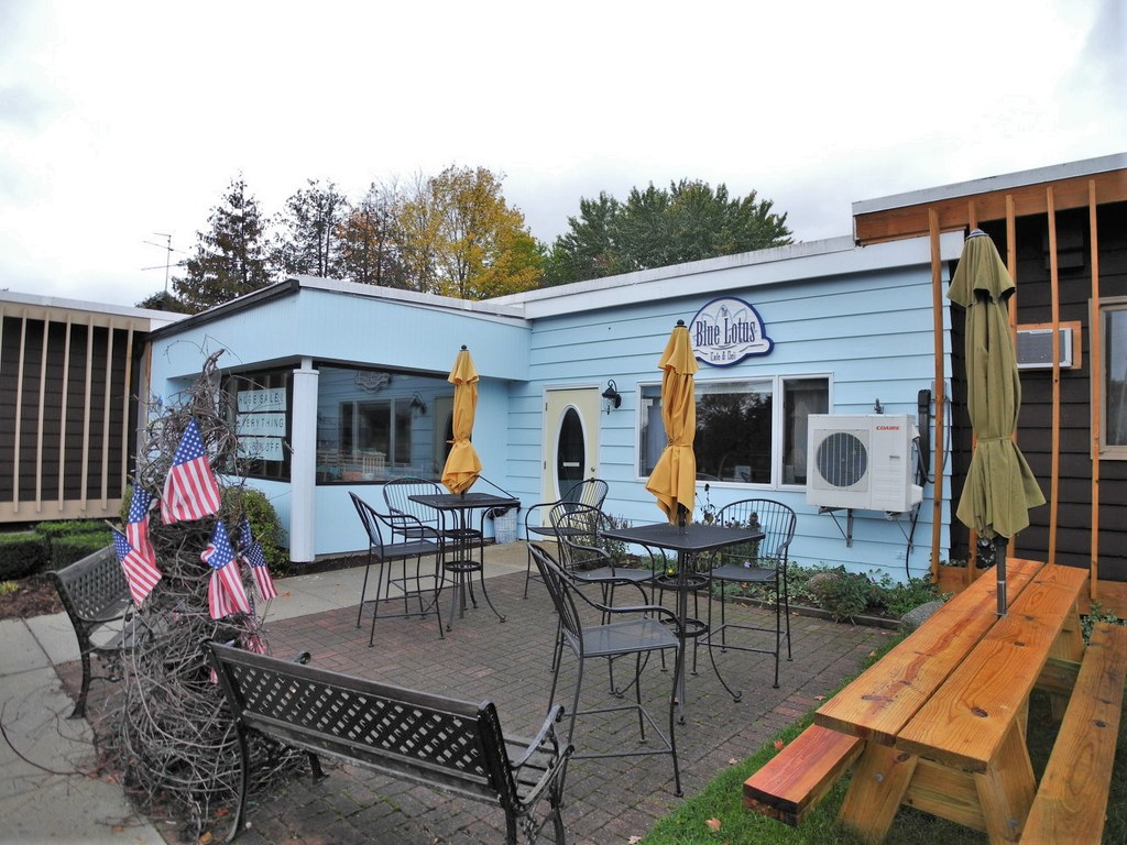 Coffee Shop and Restaurant Business Opportunity, Suttons Bay - For Sale (11).JPG