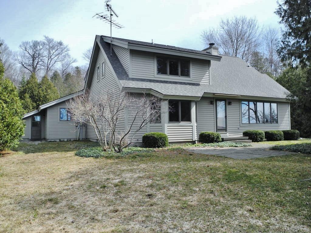 6444 S Lake Leelanau Drive, Traverse City, MI – 110' on South Lake Leelanau for sale by Oltersdorf Realty LLC (3).JPG