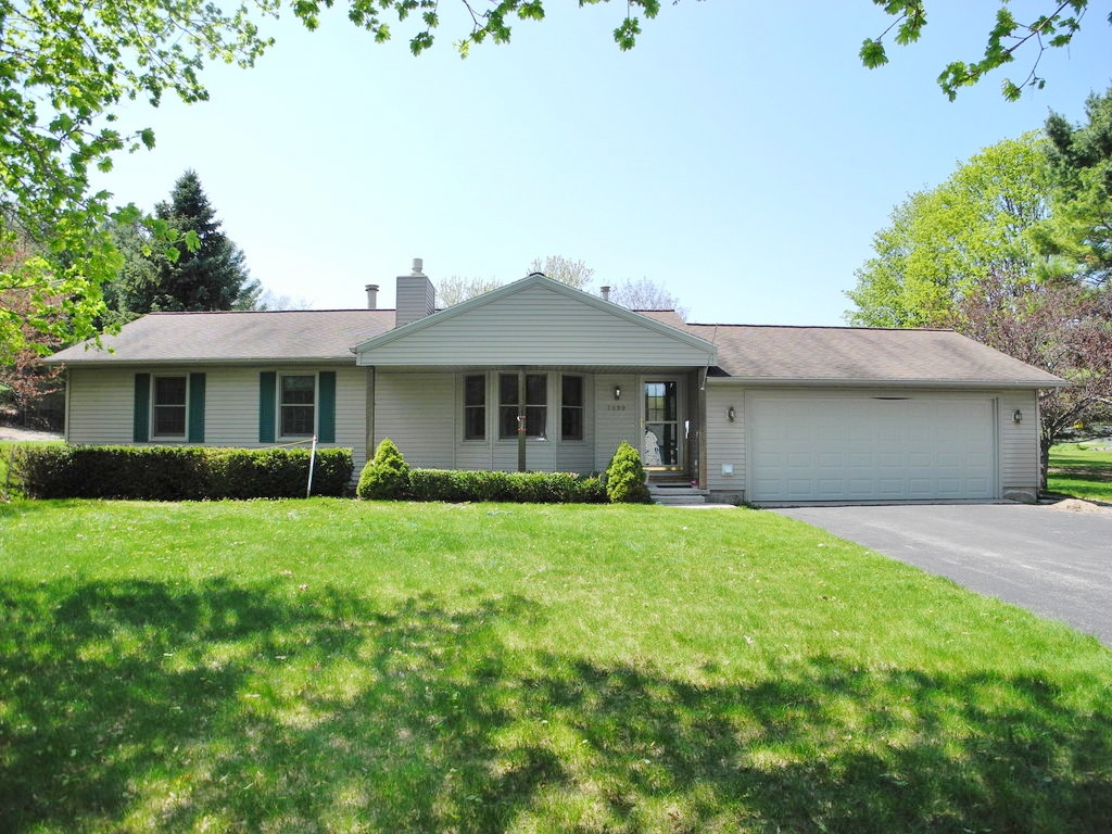 7899 S Shoreside Drive, Traverse City, MI – Ranch House & Shared Access for sale by Oltersdorf Realty LLC (1).JPG