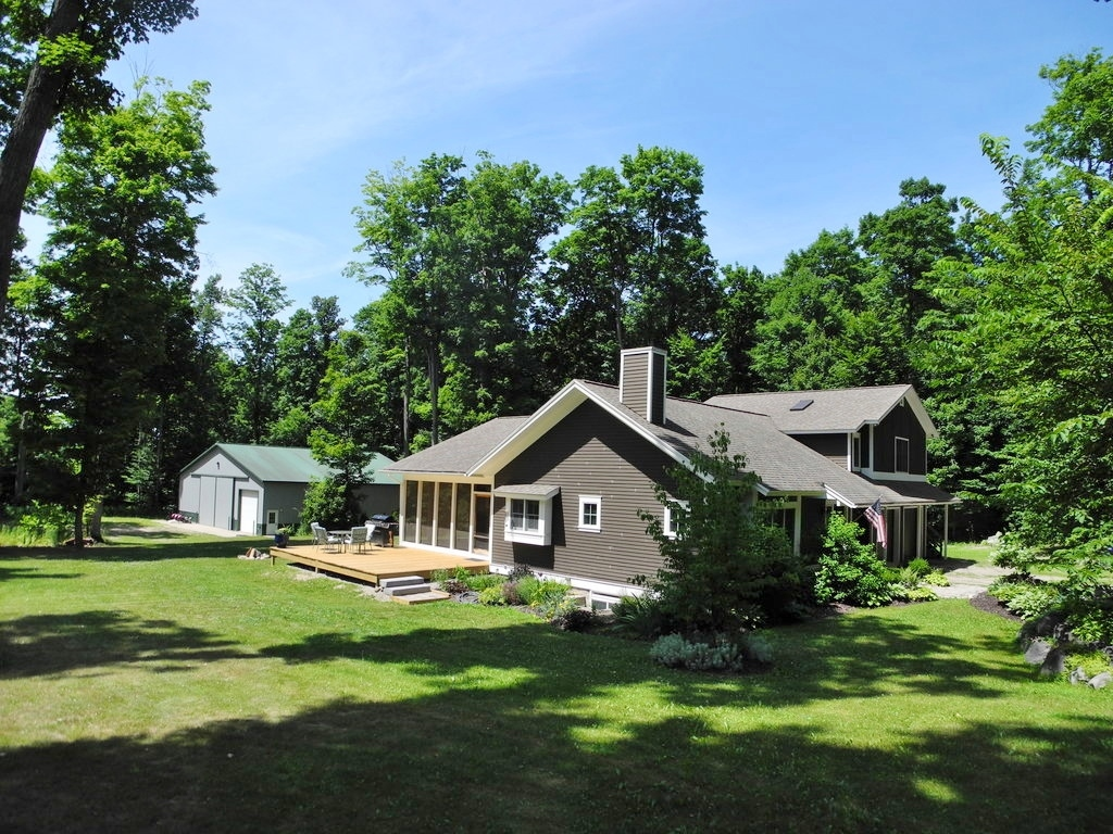 1252 S Norvick Road, Suttons Bay, MI – Beautiful Home & 60x60 Morton Pole Barn for sale by Oltersdorf Realty LLC (1).JPG